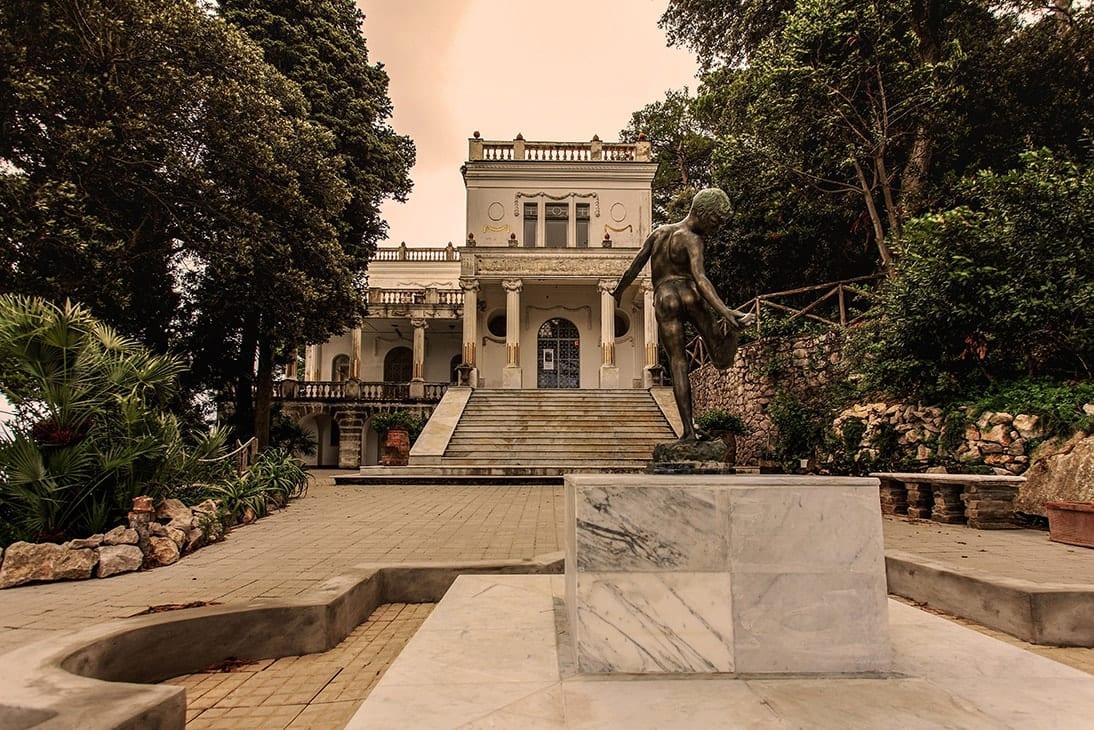 vista fronte villa lysis