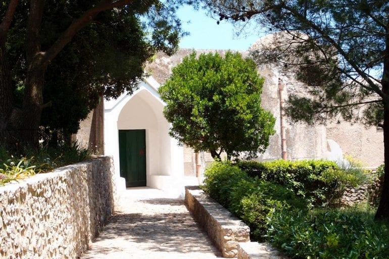 L'esterno dell'eremo