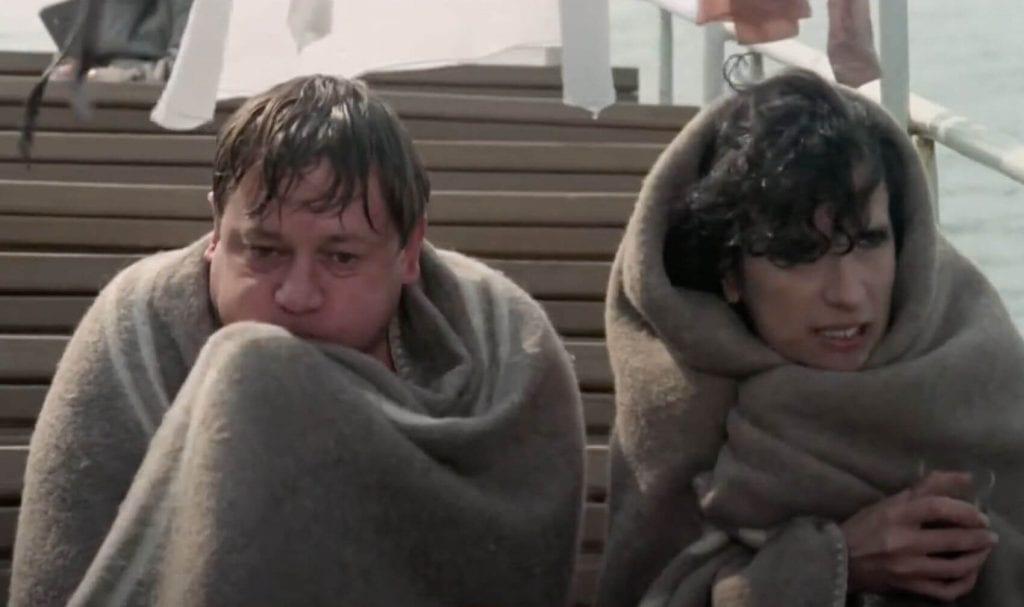 Fantozzi e la Silvani sul traghetto per Capri