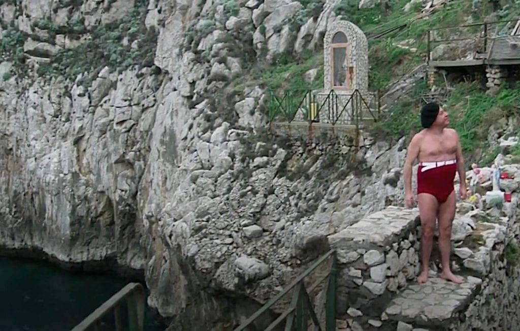 Tuffo di Fantozzi a Capri