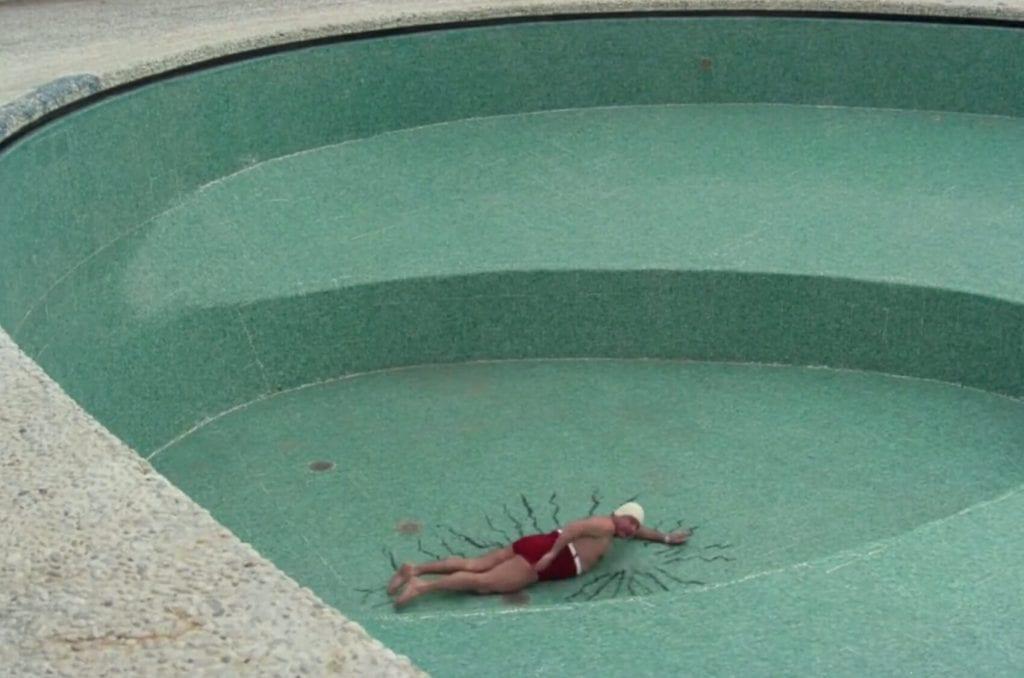 Fantozzi in piscina a Capri